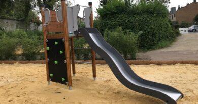 Spielplatz an der Schwindstraße wird in dieser Woche fertigstellt